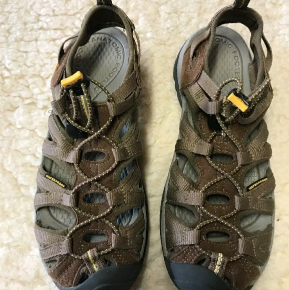 88b850d2fee Keen Shoes - Women s Keen Whisper Brown Liquer Sandal Size 8
